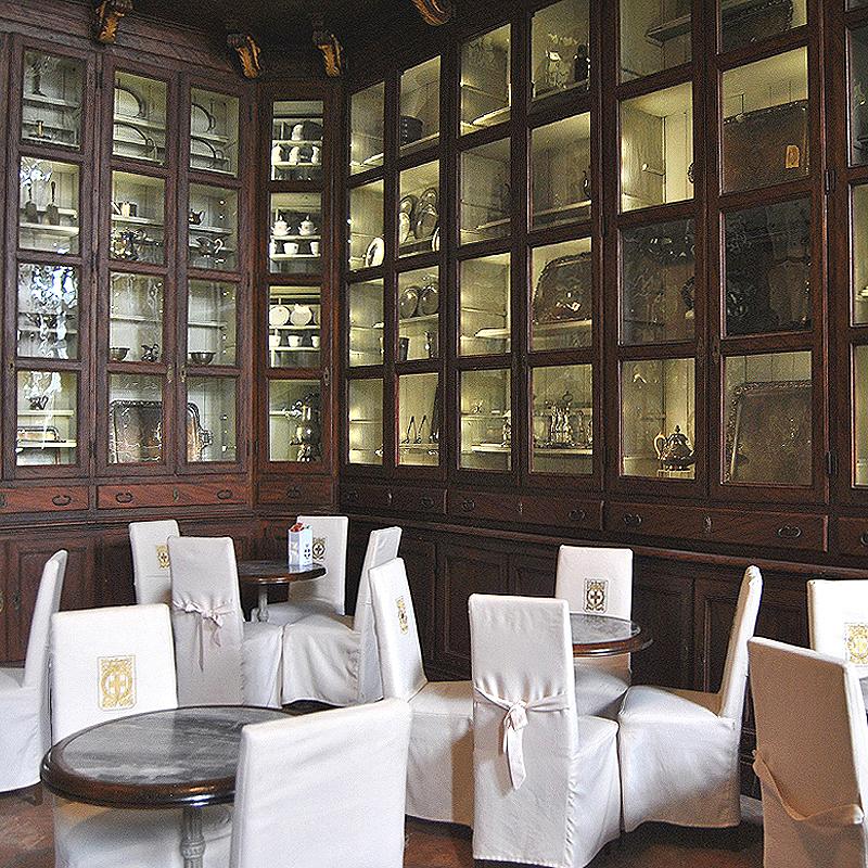 Tour Cortili e caffè storici Torino