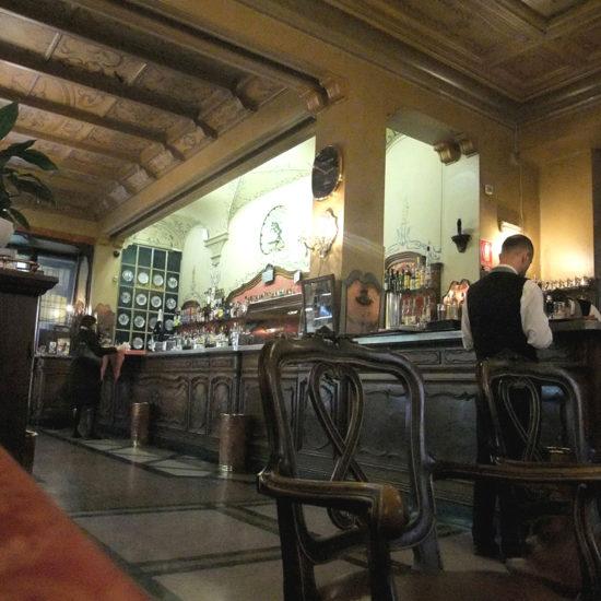 Tour Cortili Caffè Torino